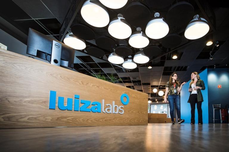 Magazine Luiza inaugura laboratório de tecnologia em São Carlos