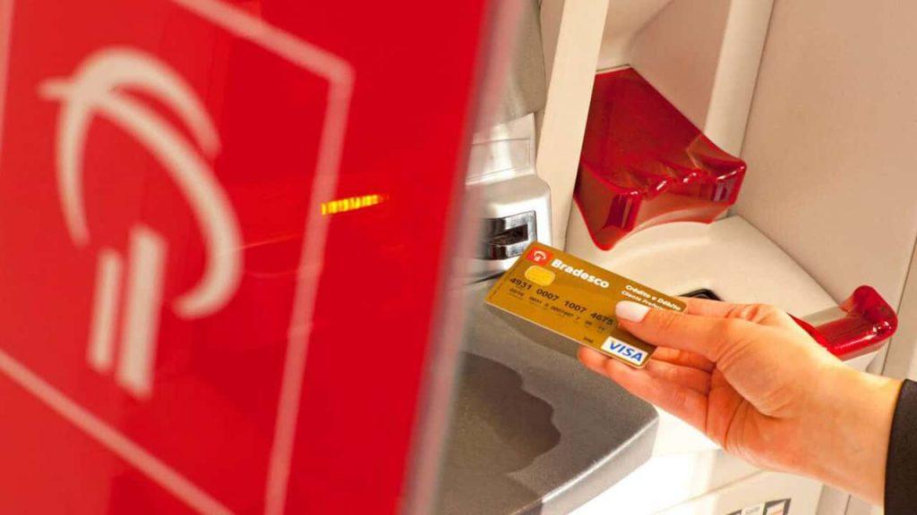 Cartões Bradesco de débito e múltiplos Visa, agora podem ser utilizados para pagamentos por aproximação