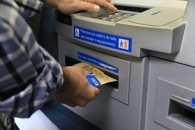Auxílio emergencial: Caixa divulga o calendário de pagamento da 3ª parcela.