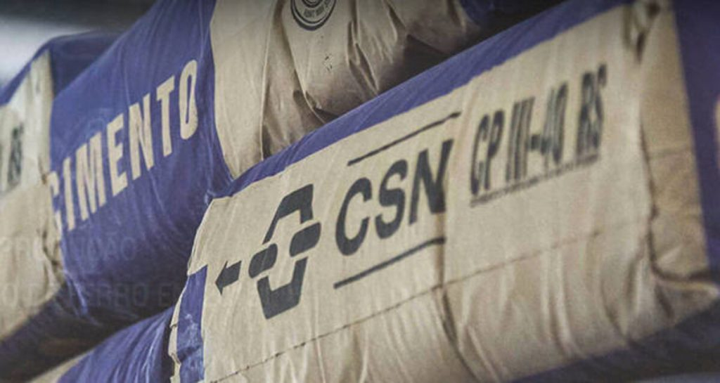 Moody's eleva rating da CSN, cita redução de dívida e forte demanda por aço