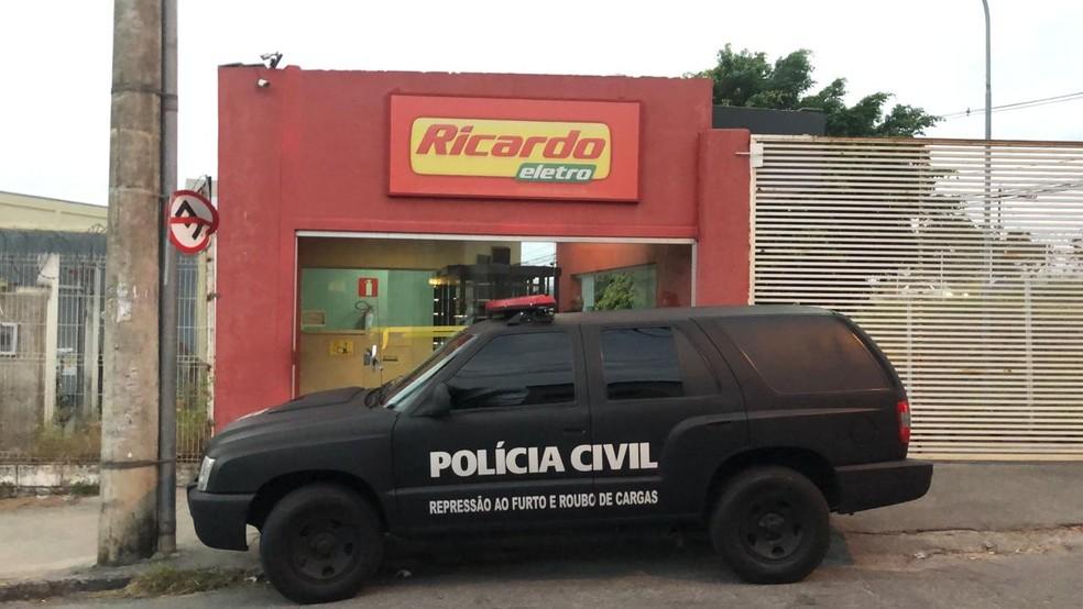 Dono da rede Ricardo Eletro é alvo de operação do MP