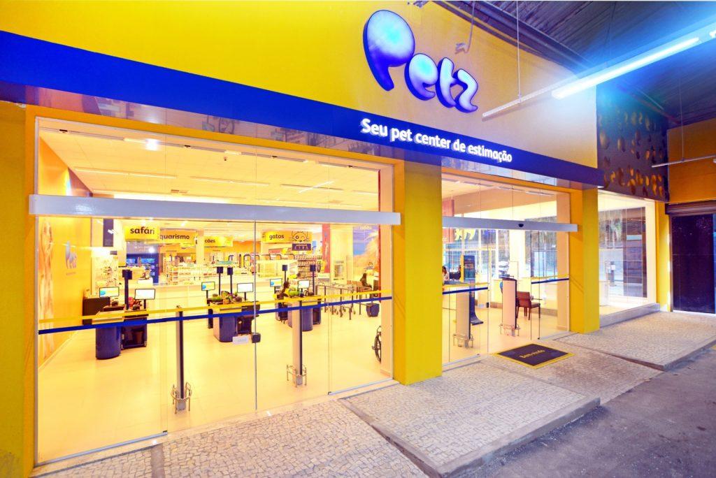 Ações da Petz (PETZ3) estreia em disparada de 21,82%
