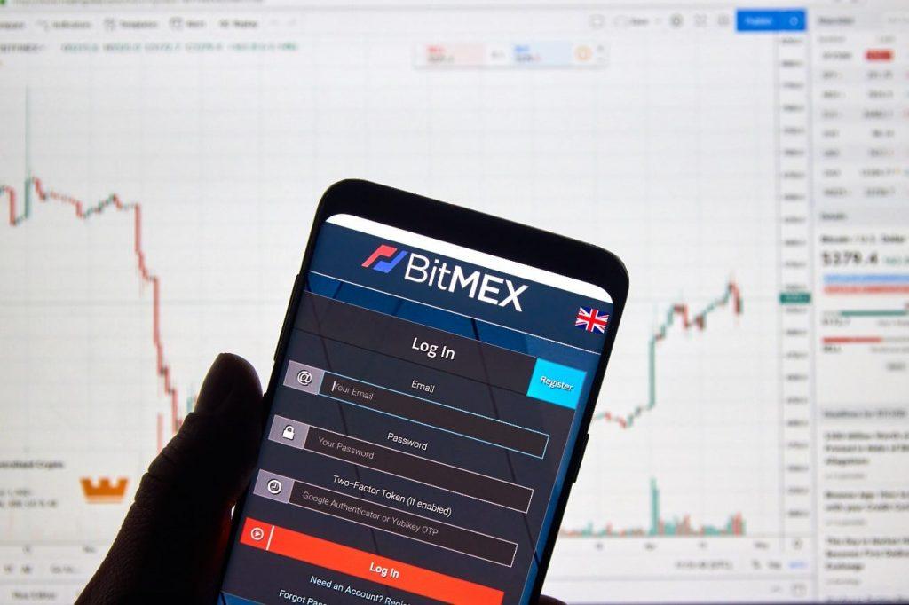 45.000 BTC foram retirados do BitMEX, após fundadores serem acusados criminalmente