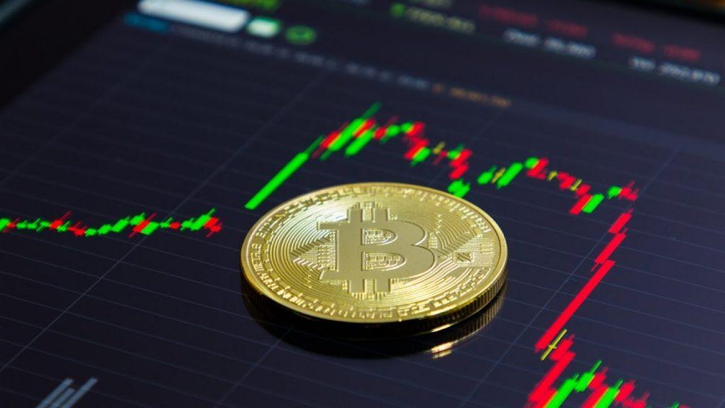 Perda relâmpago evapora US$ 300 bilhões no mercado cripto