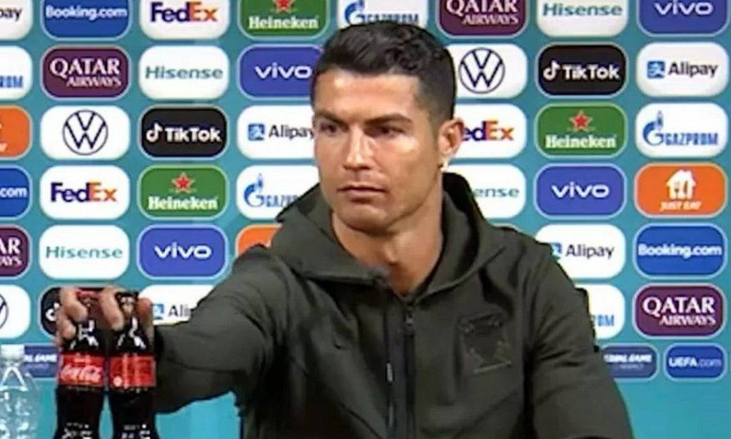 Cristiano Ronaldo faz Coca-Cola perder R$ 20 bilhões