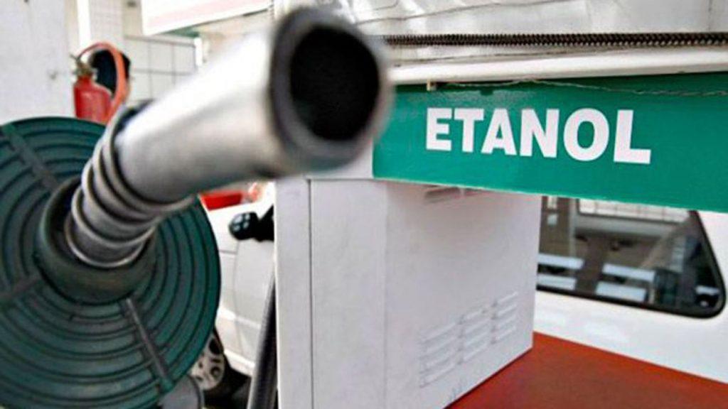 MP libera venda direta de etanol nos postos e de combustível de outra bandeira